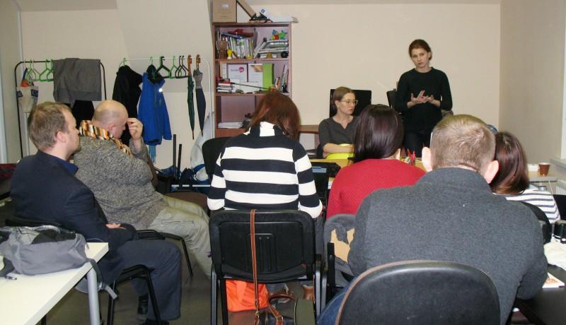 Участники образовательной поездки в редакции «Бумаги»