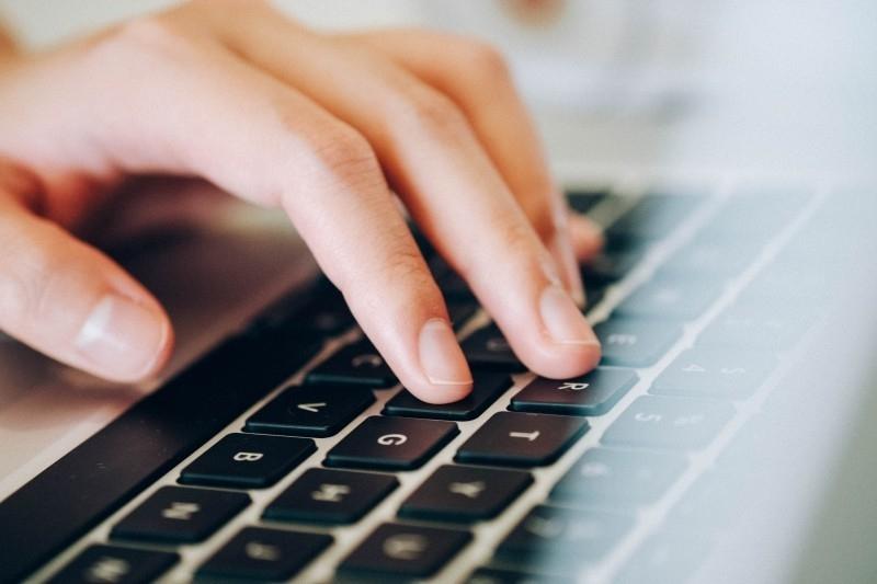 laptop-human-hands-keyboard-typing-working